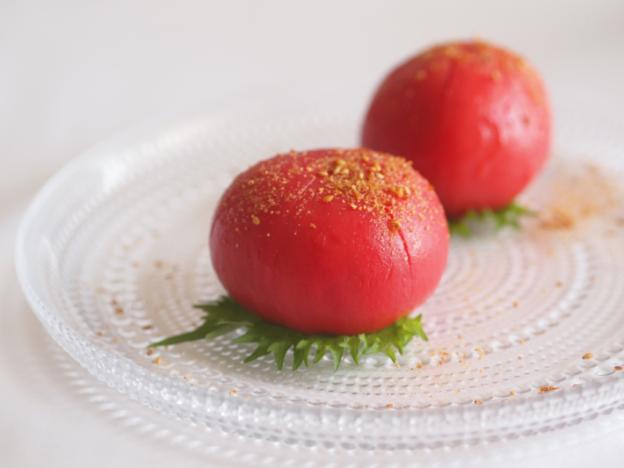 トマトの丸ごとサラダ